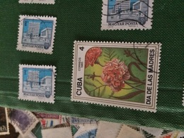 CUBA I FIORI - Francobolli