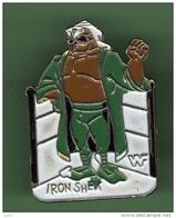 IRON SHEIK *** Catcheur *** 1010 - Badges