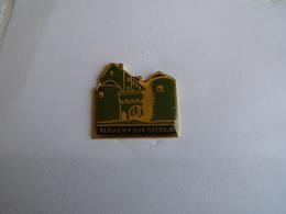 Pins Flavigny Sur Ozerain - Villes