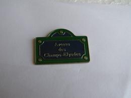 Pins Paris Avenue Des Champs Elysées - Villes