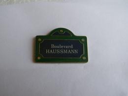 Pins Paris Boulevard Haussmann - Villes