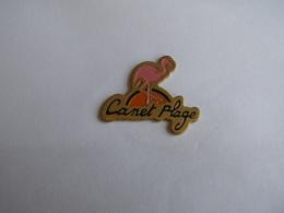 Pins Flamant Rose Canet Plage - Villes