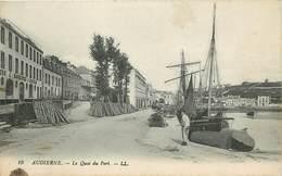 AUDIERNE - Le Quai Du Port, Usine De Sardines à L'huile. - Audierne