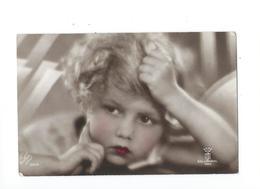 Fillette 1930 - Portraits