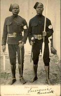 AFRIQUE DU SUD - Carte Postale -  Native Policemen - L 30053 - Afrique Du Sud
