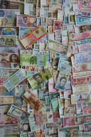 All World 500 Different Banknotes  Out Numerous Countries - Stamps