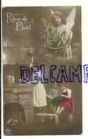 Photographie Montage. Rêve De Noël. Enfants, Cuisine, Feu. Petit Ange Et Sapin Décoré. 1913 - Anges