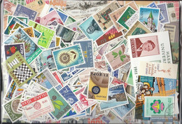 Iceland Stamps-800 Different Stamps - Iceland