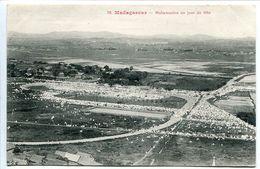 CPA 1911 MADAGASCAR * MAHAMASINA Un Jour De Fête - Ecrite * Très Bon état - Madagascar