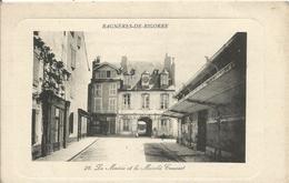 65 BAGNERES DE BIGORRE  La Mairie Et Le Marche Couvert - Bagneres De Bigorre