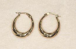 Boucles D'Oreilles Créole En Or Jaune 18 Ct Ou 750/1000ème - Earrings