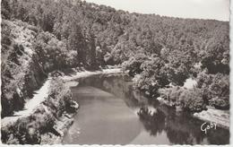 R 33 : Ille  Et  Vilaine :  LANGON : La  Vilaine  à  Corbinière   1961 - Francia