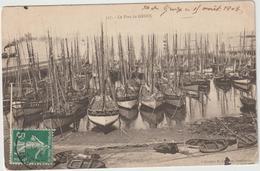 R 33 : Morbihan :  Le  Port  De   GROIX - Autres Communes