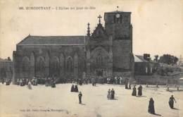 Moncoutant - L'Eglise Un Jour De Fête - Moncoutant