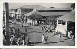 CPA-1955-MADAGASCAR-TULEAR-RUE-TBE - Madagascar