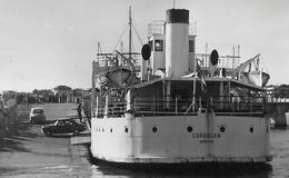 (RECTO / VERSO) BAC A ACCOSTAGE LE CORDOUAN EN 1960 - ROYAN - N° 129 - BELLE FLAMME - FORMAT CPA VOYAGEE - 17 - Ferries