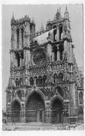 (RECTO / VERSO) AMIENS EN 1951 - N° 1 - LA CATHEDRALE - TRACE DE PAPIER AU RECTO - BEAU CACHET - FORMAT CPA VOYAGEE - Amiens