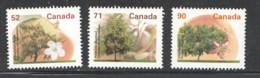 1995  Mid-value Fruit-trees Definitives 52¢ Apple, 71¢ Chestnut, 90¢ Peach  Sc 1366, 1370, 1374 MNh - 1952-.... Elizabeth II
