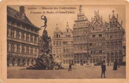 ANVERS - Maisons Des Corporations - Fontaine De Brabo Et Grand'place - Antwerpen