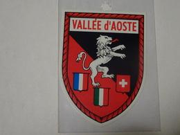 Blason écusson Adhésif Autocollant  Logo Vallée D'Aoste Aosta  Adesivi Stemma Aufkleber Wappen - Obj. 'Souvenir De'