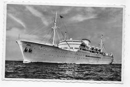 (RECTO / VERSO) PAQUEBOT M/V AROSA SKY EN 1957 - AROSA LINE - PLIS BAS A DROITE - FORMAT CPA VOYAGEE - 75 - Dampfer