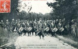 N°73017 -cpa Infanterie En Marche : La Clique -manoeuvre D'automne- 1909- - Manoeuvres