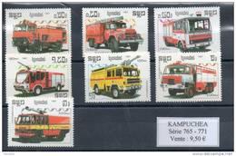 Kampuchéa.  Camions De Pompiers - Kampuchea