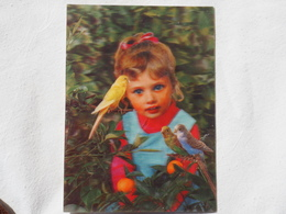 3d 3 D Lenticular Stereo Postcard Child And Parrots Toppan Japan 1976   A 190 - Stereoscope Cards