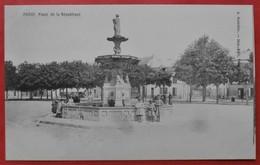 Cpa 78 POISSY Anime Place De La Republique   Fontaine, Commerce - Poissy