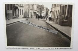 ROYAN 17 Charente Maritime Rue De L'Hotel De Ville En 1935 Petite Photo Originale Cliché Amateur 2/2 - Lieux