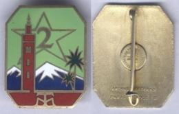 Insigne Du 2e Régiment De Tirailleurs Marocains ( Ciel Et étoile Vert Clair ) - Armée De Terre