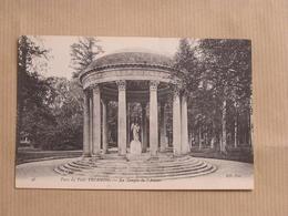 VERSAILLES Le Petit Trianon Parc Le Temple De L'Amour Département 78 Yvelines France Carte Postale Postcard - Versailles (Kasteel)