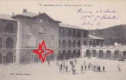 CANNES. Collège Communal. La COUR. - Cannes