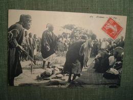 TUNISIE AISSAOUAS Prisonnier Condamné à La Peine Des Cactus.ND Phot 1910. Afrique Sentence Justice Prison Accusé Colonie - Tunisia
