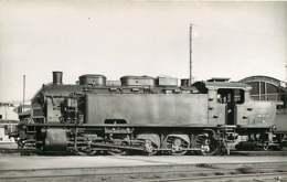 240519D TRANSPORT TRAIN CHEMIN DE FER - PHOTO VILAIN - 050TD17 LA PLAINE - Gares - Avec Trains