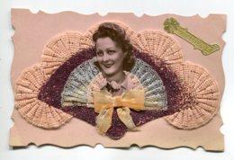 STE SAINTE CATHERINE 0026 Carte Systeme Tirette Effet POP  UP  Portrait Jeune Femme - Sainte-Catherine