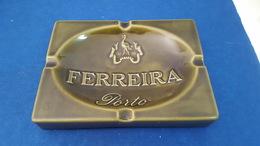 """RARE VINTAGE PORTUGAL BIG CERAMIC ASHTRAY ADVERTISING """" FERREIRA PORTO """" PORTWINE MADE IN PORTUGAL BY SECLA - Porcellana"""