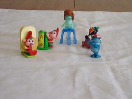 Figurines  Kinder ( 5 ) + 1 Notice De Montage - Figurines