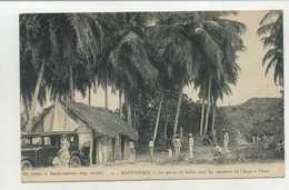 Martinique, La Partie De Billes Sous Les Cocotiers De L'Ansé à L'Ane  ( 2 Scans ) - Autres