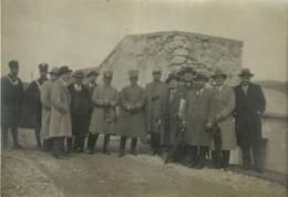 "3868 "" 1932-FOTO DI GRUPPO DI UFFICIALI E DUE CARABINIERI ""  FOTO ORIGINALE - Guerra, Militari"
