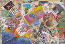 Niue Briefmarken-300 Verschiedene Marken - Niue