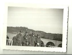 """3875 """" CAPORALI E CAPORALMAGGIORI SUL PONTE DI S. RUFFILLO(BOLOGNA) - 19/5/1935 """" FOTO ORIGINALE - Guerra, Militari"""
