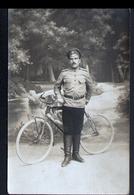 Carte-photo De 1917 Desoldat Russe Identifié Au Verso - Personnages