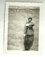 """3878 """"ALLIEVO UFFICIALE FANTERIA-BOLOGNA 24/5/1935 (PRESENTAT'ARM ACCANTO AL MURO DEL DI' DEL GIURAMENTO"""" FOTO ORIGINALE - Guerra, Militari"""