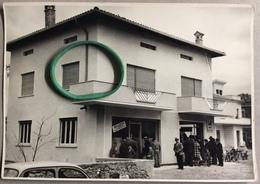 RIVE D'ARCANO Festeggiamenti Per L'apertura Del Negozio Sulla Strada Provinciale 66 ESTERNO / Udine / AGIP GAS - Luoghi