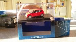 AUTOART #59.765 VW POLO 2001 FLASH RED BODY - AutoArt