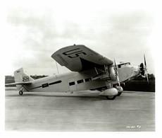 FORD  ESSO AIR WORLD  TRI MOTOR   ++ 25* 21 CM DE HAVILLAND  AIRCRAFT - Aviación