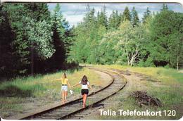 SWEDEN(chip) - Girls On A Railway Line, White CN : C63158223, 03/96, Used - Sweden