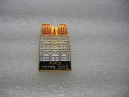 Pin's De La Cathédrale Notre Dame De Paris - Villes
