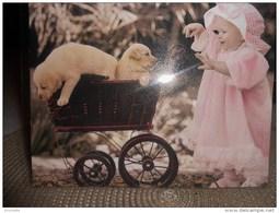 Enfants De SYLVIA MURRAY :  Promenade En Landau Avec Les Chiens   !! - Non Classés